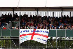 Fans and a banner for Lewis Hamilton, Mercedes AMG F1