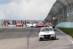 Race Start Sahlen's Six Hours at the Glen
