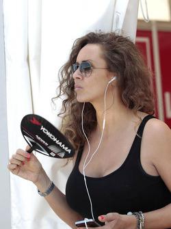 Chloe, Girlfriend of James Thompson, LADA Sport Lukoil Lada Granta