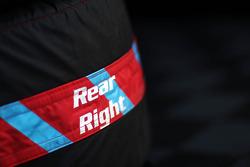 Rear right tyre warmer blanket