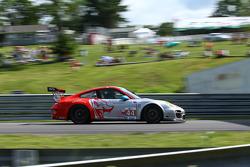 #44 Flying Lizard Motorsports Porsche 911 GT3 RSR: Seth Neiman, Dion von Moltke