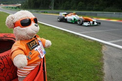 Adrian Sutil, Sahara Force India VJM06 passes a teddy bear marshal