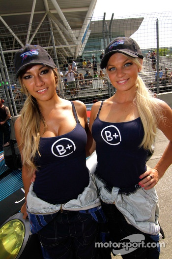 B+ Grid Girls