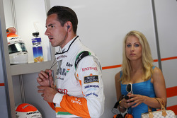 Adrian Sutil, Sahara Force India F1 with girlfriend Jennifer Becks