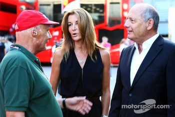 Niki Lauda, Mercedes Non-Executive Chairman, with Ron Dennis, McLaren Executive Chairman