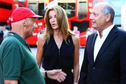 Niki Lauda, Mercedes Non-Executive Chairman, with Ron Dennis, McLaren Executive Chairman