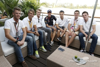 Sebastian Vettel meets with World Series by Renault drivers