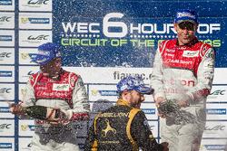 LMP1 podium: champagne for Allan McNish, Tom Kristensen and Nick Heidfeld