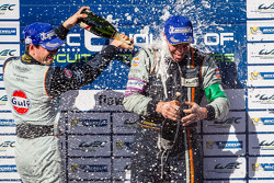 LMGTE Pro podium: champagne for Frédéric Makowiecki