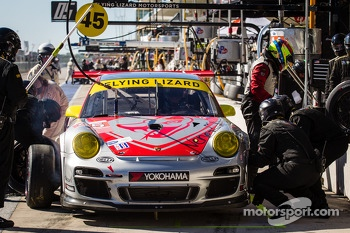 Pit stop for #45 Flying Lizard Motorsports Porsche 911 GT3 Cup: Nelson Canache, Spencer Pumpelly