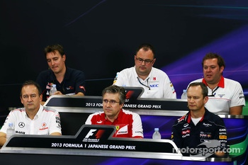 James Key, Scuderia Toro Rosso Technical Director; Tom McCullough, Sauber F1 Team Head of Track Engineering; Dave Greenwood, Marussia F1 Team Race Engineer; Jonathan Neale, McLaren Managing Director; Pat Fry, Ferrari Deputy Technical Director and Head of
