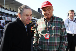 (L to R): Jean Todt, FIA President with Niki Lauda, Mercedes Non-Executive Chairman on the grid