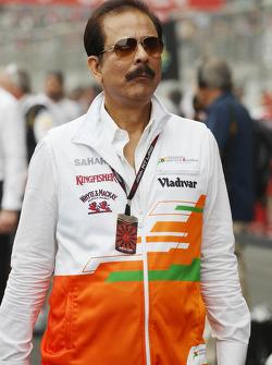 Subrata Roy Sahara, Sahara Chairman on the grid