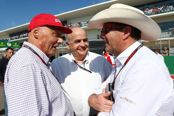 Niki Lauda, Mercedes Non-Executive Chairman, with Nigel Mansell, (Right) FIA Steward