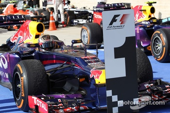 Race winner Sebastian Vettel, Red Bull Racing RB9 in parc ferme