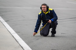 Michelin technician takes track temperature