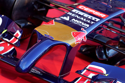 The new Scuderia Toro Rosso STR9 is unveiled, front nose