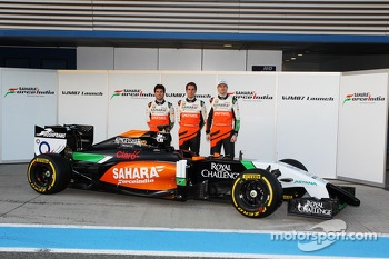 (L to R): Sergio Perez, Sahara Force India F1, Daniel Juncadella, Sahara Force India F1 Team Test and Reserve Driver and team mate Nico Hulkenberg, Sahara Force India F1 at the launch of the new Sahara Force India F1 VJM07