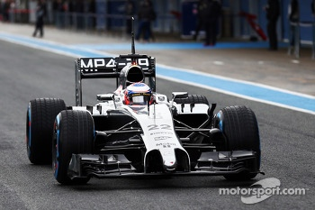 Jenson Button, McLaren MP4-29 - first lap