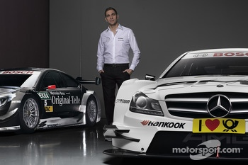 Vitaly Petrov with Mercedes AMG C-Coupes