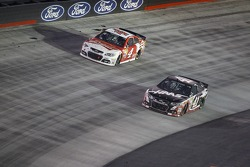 Kevin Harvick, Stewart-Haas Racing Chevrolet and Kurt Busch, Stewart-Haas Racing Chevrolet
