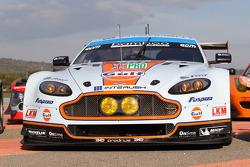 #99 Aston Martin Vantage V8