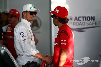(L to R): Nico Hulkenberg, Sahara Force India F1 and Fernando Alonso, Ferrari