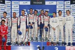Overall podium: race winners Anthony Davidson, Nicolas Lapierre, Sebastien Buemi, second place Alexander Wurz, Stéphane Sarrazin, Kazuki Nakajima, third place Mark Webber, Brendon Hartley, Timo Bernhard
