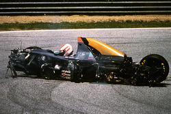 Roland Ratzenberger, Simtek involved in a fatal crash