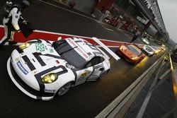 WEC: #92 Porsche Team Manthey Porsche 911 RSR: Marco Holzer, Frederic Makowiecki, Richard Lietz