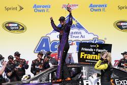 NASCAR-CUP: Race winner Denny Hamlin, Joe Gibbs Racing Toyota