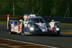 #8 Toyota Racing Toyota TS040-Hybrid: Anthony Davidson, Nicolas Lapierre, Sebastien Buemi