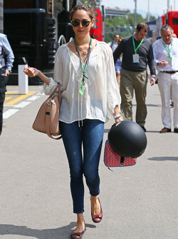 Jessica Michibata, girlfriend of Jenson Button, McLaren, on the drivers parade
