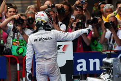 Race winner Lewis Hamilton, Mercedes AMG F1 W05 celebrates in parc ferme