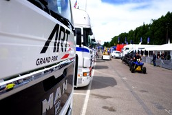 ART Grand Prix trucks