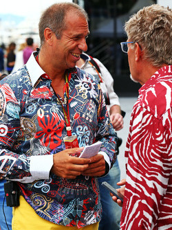 (L to R): Kai Ebel, RTL TV Presenter with Eddie Jordan, BBC Television Pundit