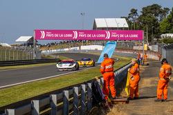 Trackside ambiance at Tertre Rouge: #52 RAM Racing Ferrari 458 Italia: Matt Griffin, Alvaro Parente, Federico Leo