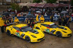 Corvette Racing team staying dry at scrutineering