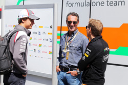 Esteban Gutierrez, Sauber, with Carlos Slim Domit, Businessman (Centre)