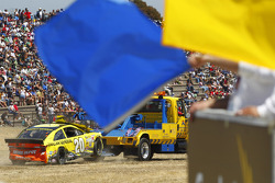 NASCAR-CUP: The crashed car of Matt Kenseth, Joe Gibbs Racing Toyota