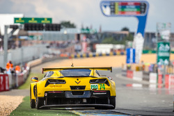 #74 Corvette Racing Chevrolet Corvette C7: Oliver Gavin, Tommy Milner, Richard Westbrook