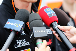 Nico Hulkenberg, Sahara Force India F1 with the media