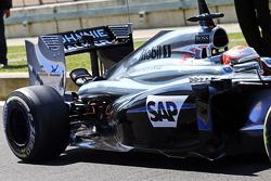F1: Kevin Magnussen, McLaren MP4-29 rear suspension detail