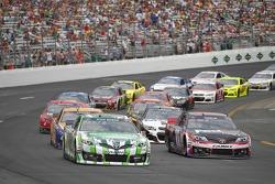 NASCAR-CUP: Restart