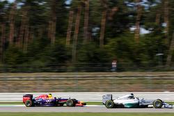 Lewis Hamilton, Mercedes AMG F1 W05 leads Daniel Ricciardo, Red Bull Racing RB10