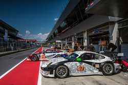 IMSA Matmut garage area