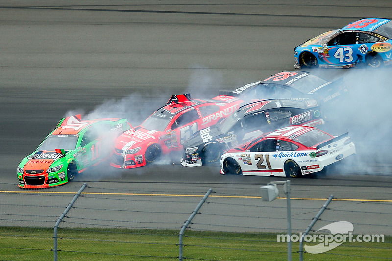 Danica Patrick;Justin Allgaier;Martin Truex Jr;and Michael Annett crash