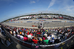 Milwaukee Mile race action