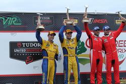 GTLM Winners #62 Risi Competizione Ferrari F458: Giancarlo Fisichella, Pierre Kaffer, GTD Winners #94 Turner Motorsport BMW Z4: Dane Cameron, Markus Palttala