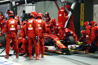 Kimi Raikkonen, Ferrari F14-T makes a pit stop